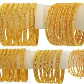 https://lcci.pk/wp-content/uploads/2020/10/In-The-Barter-Market-Gold-Became-Cheaper-By-Rs-200-Per-Tola-1.jpg
