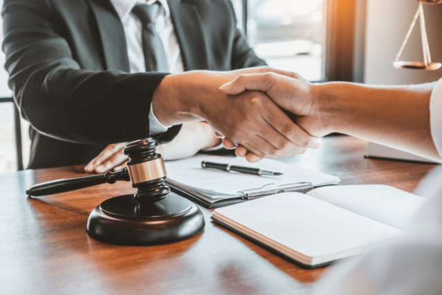 How Lawyers Can Get More Clients with LCCI's Lawyers Package